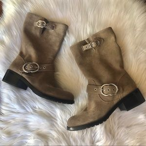 NWOT Vince Camuto Boots